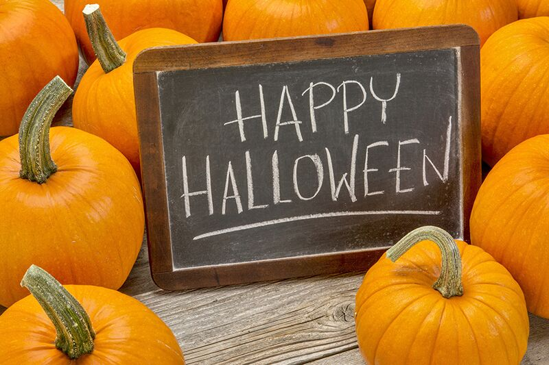 5 Tips for a Safe Night of Trick-or-Treating, make sure your kids stay safe while trick-or-treating this year